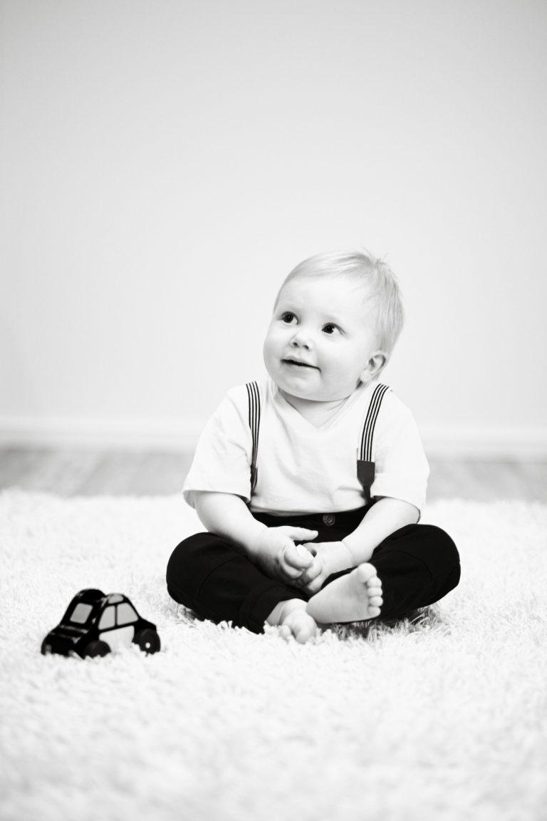 Lapsikuva, mustavalkoinen