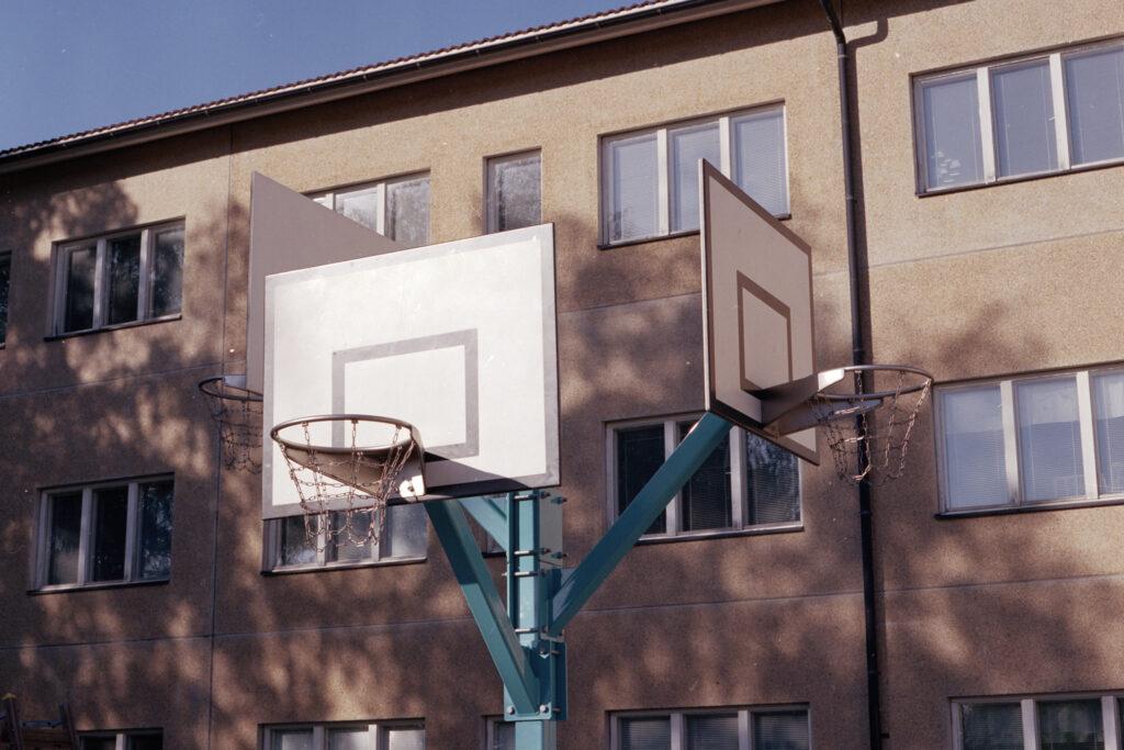 Koivuhaan koulun ympäristö, Parainen (värikuva, 120 filmi)